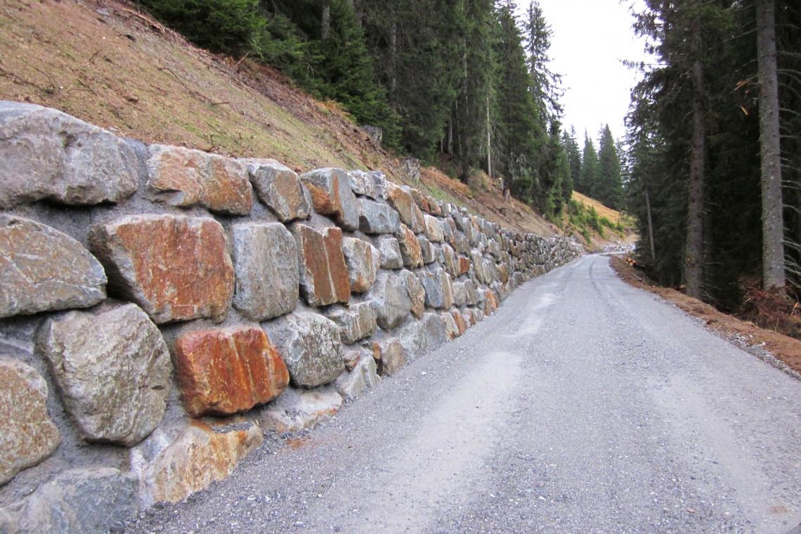 Blocksteinmauer04